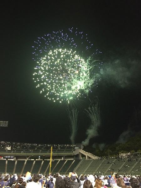 18.08.28 球場の花火2(ほっともっと)