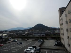 姿がやさしい山です